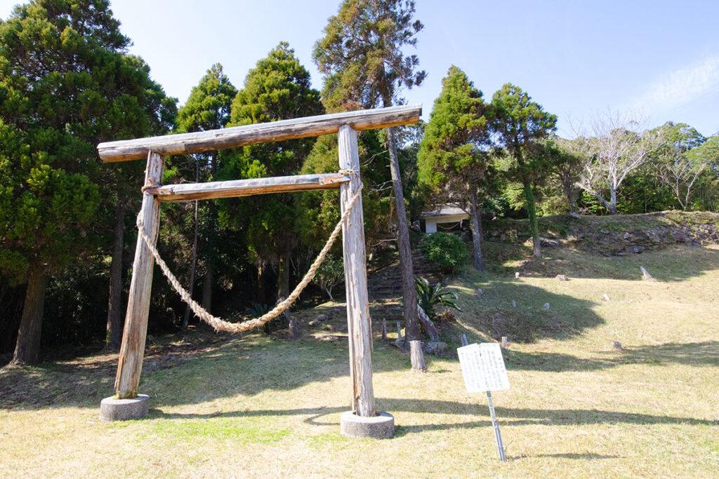 天女ヶ倉神社