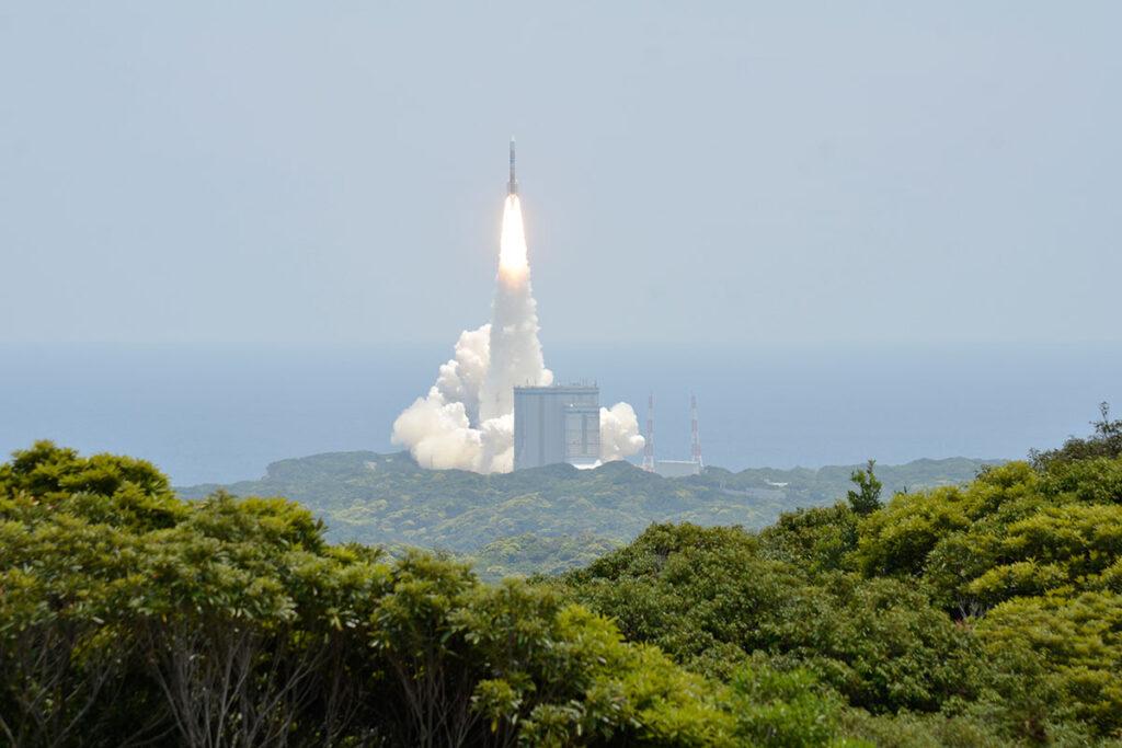 長谷公園ロケット打ち上げ